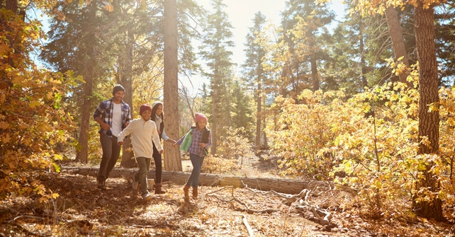 Family enjoying a beautiful day taking in their surroundings at Cedar Breaks Lodge & Spa